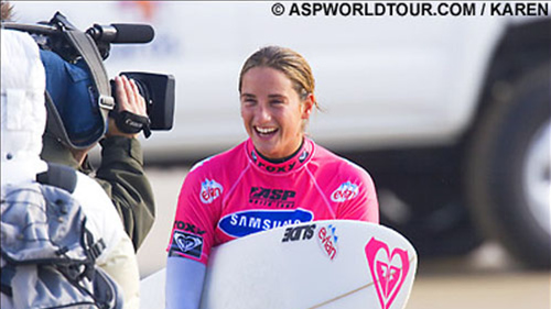 Caroline SARRAN rejoint la team Slide Surfboards